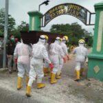 Proses pemakaman jenazah covid-19 di Kecamatan Jombang